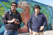 Erik Rojas Arellano y Víctor Hernández, alumnos del taller de fotografía que imparte Jesús Villaseca en el Faro de Oriente. Iztapalapa, 2016.